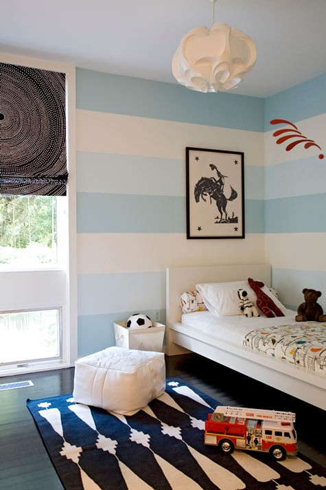 blue striped walls for boys bedroom ideas
