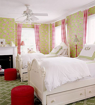 girls bedroom floor idea with patterned carpet