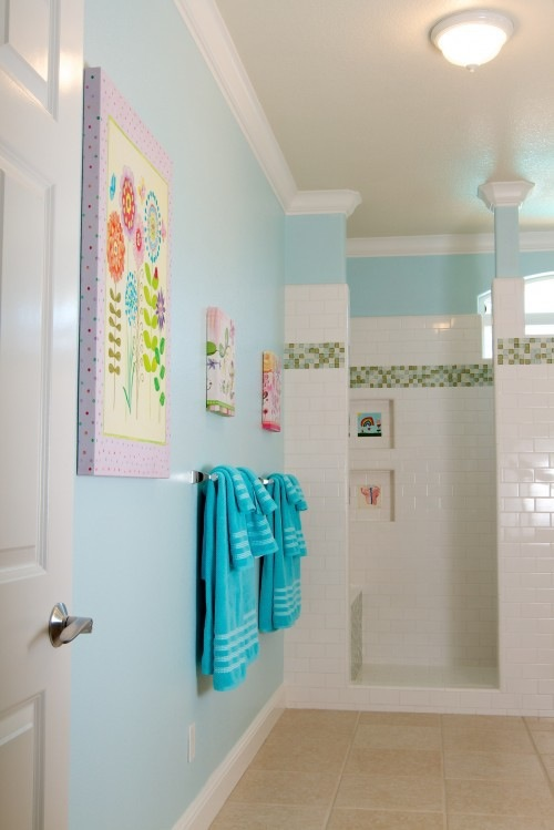 Innovative Bathroom With Checkerboard Tile Detail Kids Bathrooms Modern Bathroom