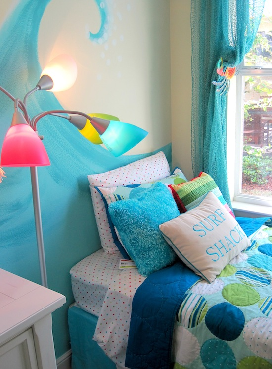 Model Home Tour | Girl's Beach Theme Bedroom