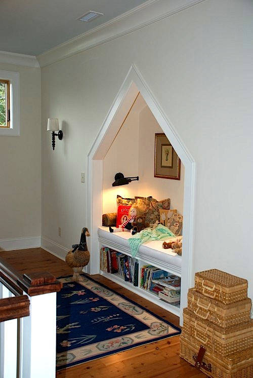 reading nook with swing arm lamp for kids room design alcove lighting ideas