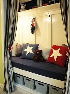 Closet bed for kids room design