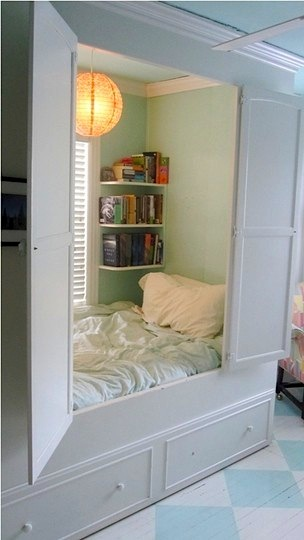 Design room for kids with hideaway bed