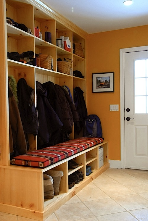 Design Room For Kids Mudroom With Cushioned Bench