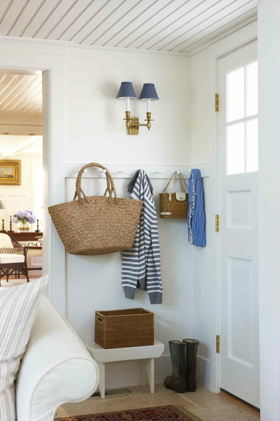 small space mudroom for kids room design idea