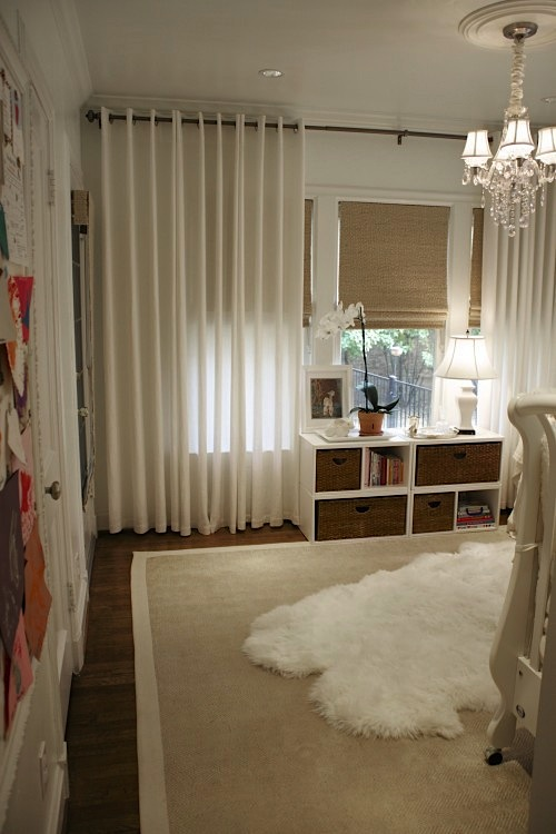 Design Room For Kids Nursery With Light Controlled Window Treatments