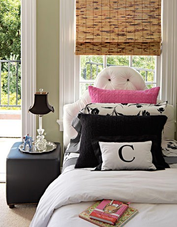 Pink And Black Teenage Girls Room