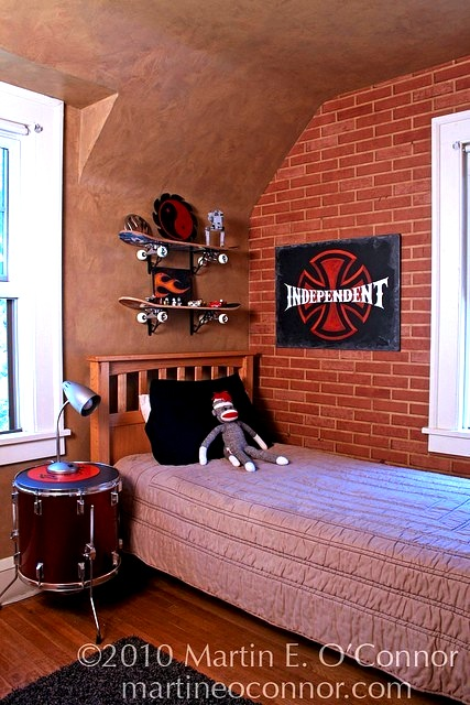 drum nightstand for teenager boys room