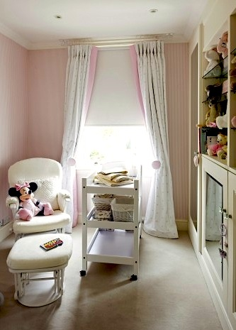 How to Choose: Kids\' Room Curtains vs. Draperies