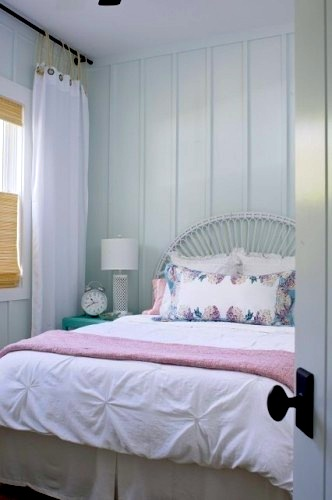 attach curtains with rope for teen room window idea