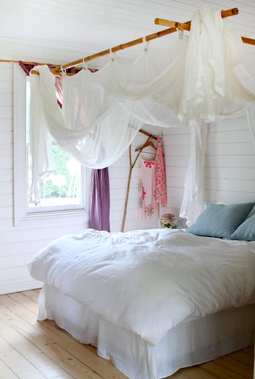artsy ways to hang kids 39 room curtains