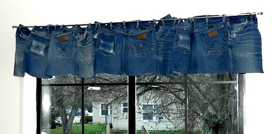 recycle blue jeans into valance for teenager room window ideas