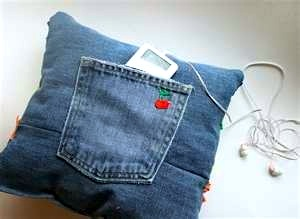 teen blue jeans recycled into ipod holder