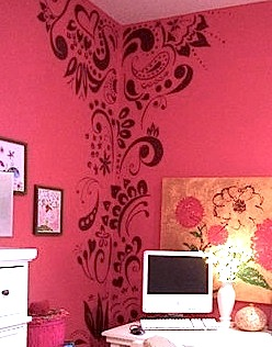 Artistically stenciled kids 39 room walls kidspace interiors for Disney wall stencils for painting kids rooms