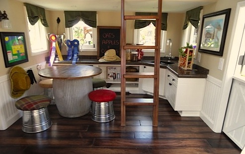 Using vintage furniture in playhouses smart idea and trendy for Playhouse kitchen ideas