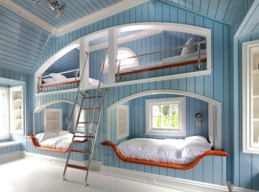 alcove beds in nautical bunk room sleeps four