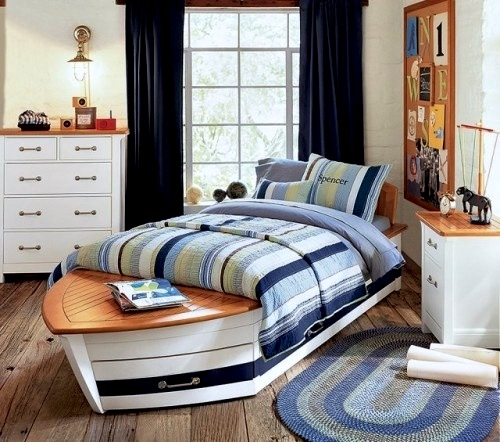 boys room ideas with nautical decor and boat shaped bed