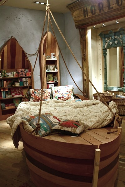 kids room bed ideas with boat shaped bed