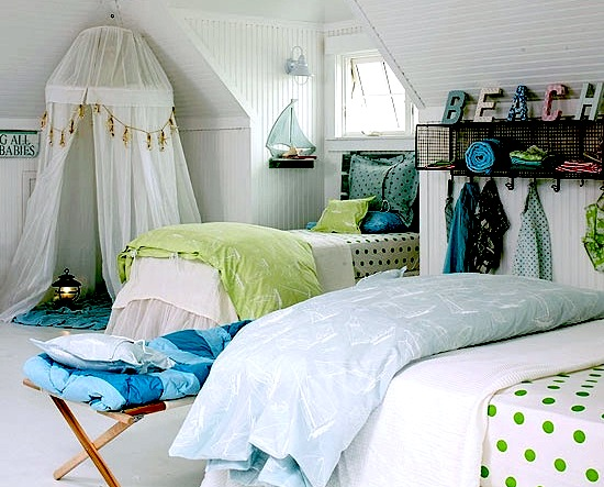 girls beach theme room with blue green color scheme - Beach Themed Bedrooms