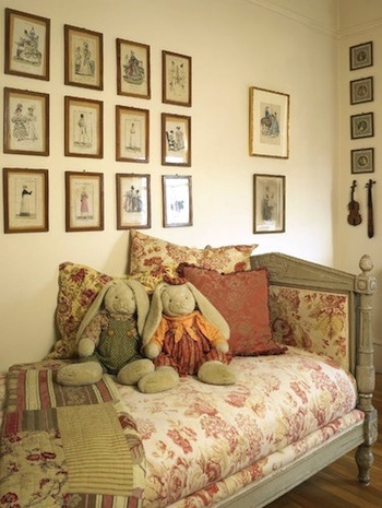 Awesome vintage beds in teen rooms kidspace interiors for Teenage vintage bedroom designs