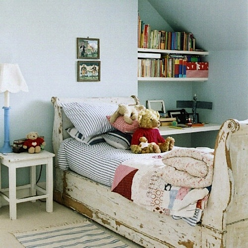Awesome Vintage Beds in Teen Rooms | KidSpace Interiors
