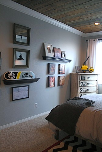 boys room ceiling ideas with rustic wood slats