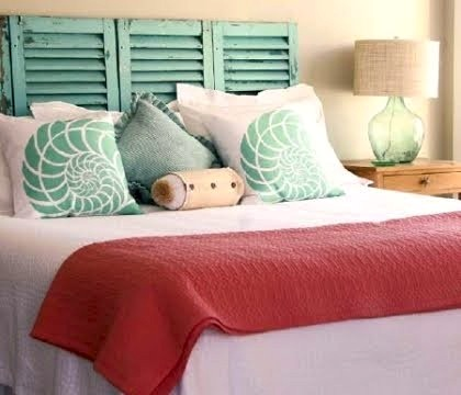 Use accessories to create kid 39 s room theme beach - Beach themed bedroom for teenager ...