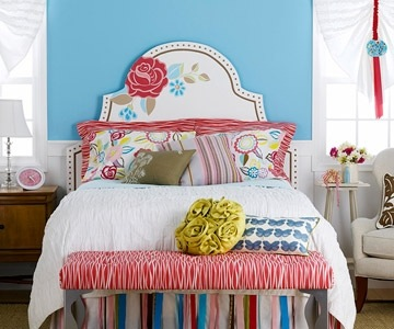 tween bedroom ideas with painted headboard