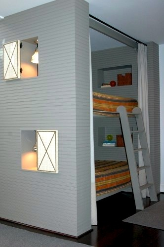 Creating Privacy in Bunk Rooms by Jeanette Simpson in Nauvoo IL