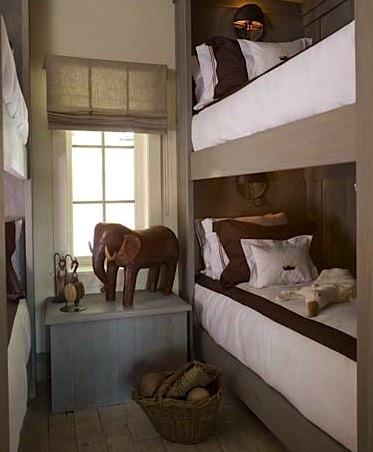 small space bunk room