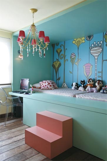 kids room bedroom with aqua color scheme