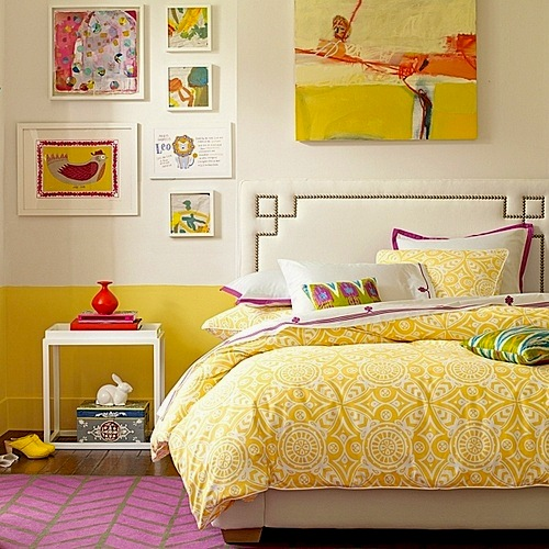 sunny yellow bedding in teen room