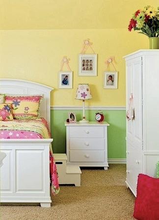 sunny yellow tween bedroom