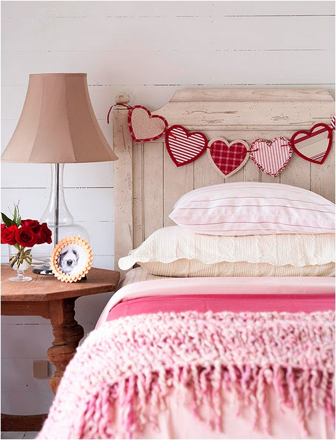 heart garland teen headboard decoration