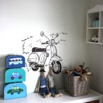 Drawing Art on Kids' Room Walls