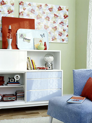 retro family room accessories