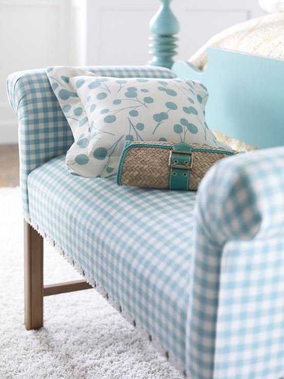 bench with nailhead design