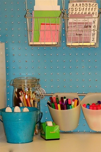 kids desk supplies storage in round containers