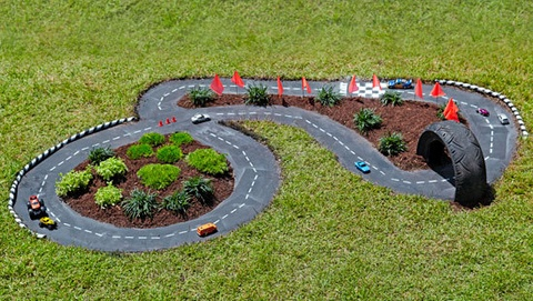 outdoor race track for kids toy cars