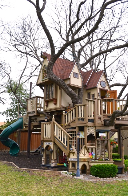 giant kids tree house in family backyard