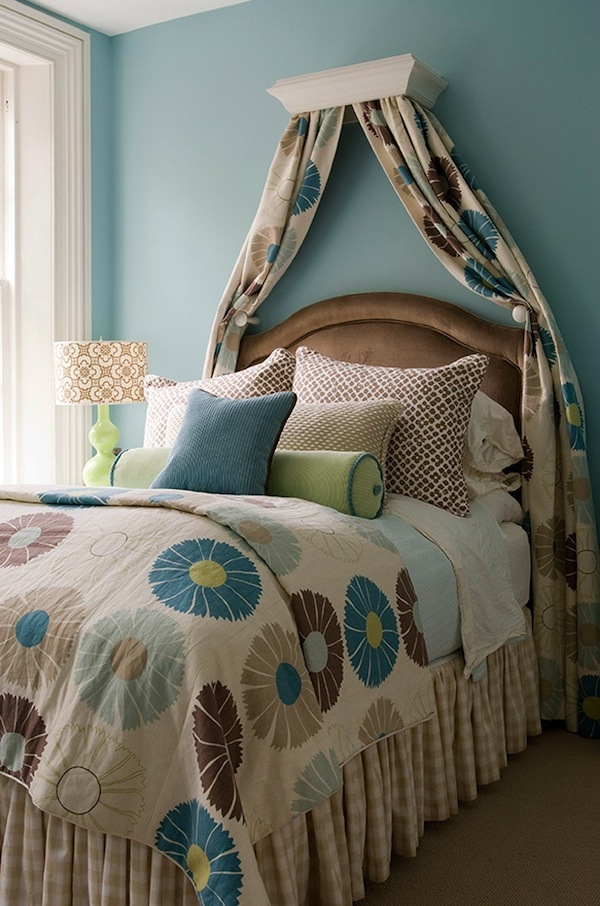 how to mix patterns in kids rooms