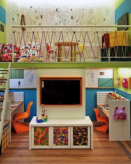 Super home school room setups kidspace interiors nauvoo il - Small space playroom ideas ...