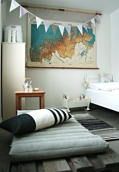 vintage map wall decor for kids room