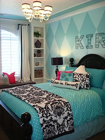 how to mix four patterns in teen bedroom
