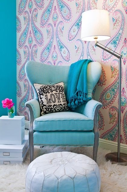 Teen room decor using paisley patterns kidspace interiors - Wallpaper for girl teenage room ...