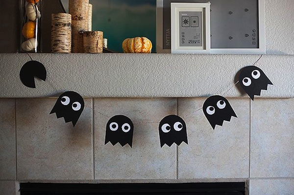 pac man ghost garland for halloween mantle