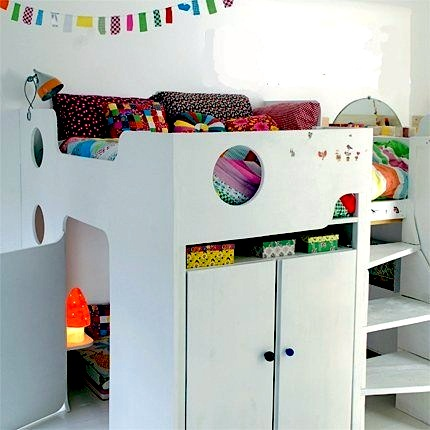 Super play areas kids 39 room loft beds kidspace interiors for Decoration chambre 10m2