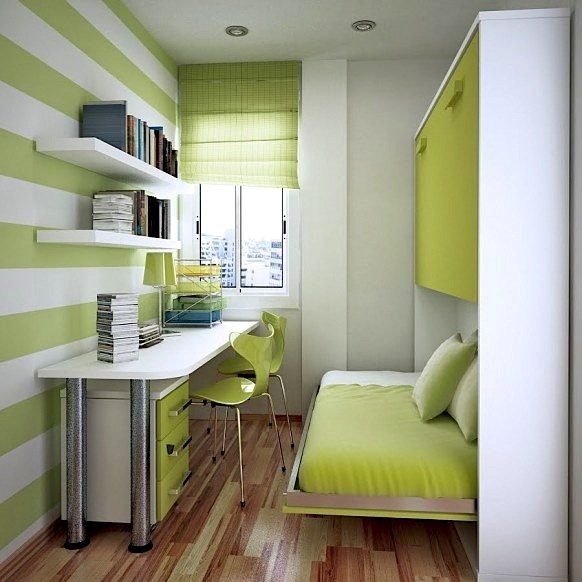 horizontal stripe wall in teen modern room