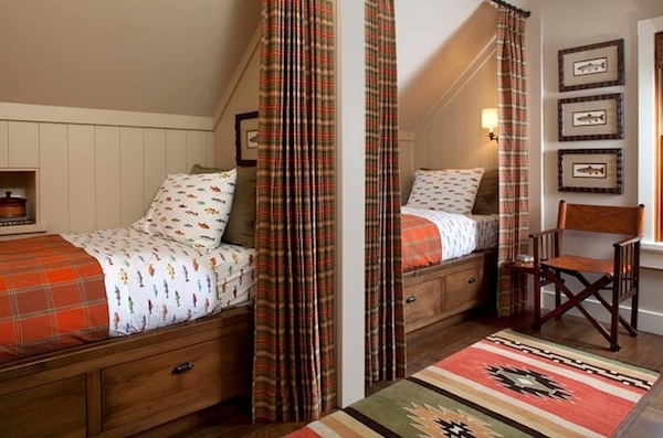 plaid curtains in kids bunkroom