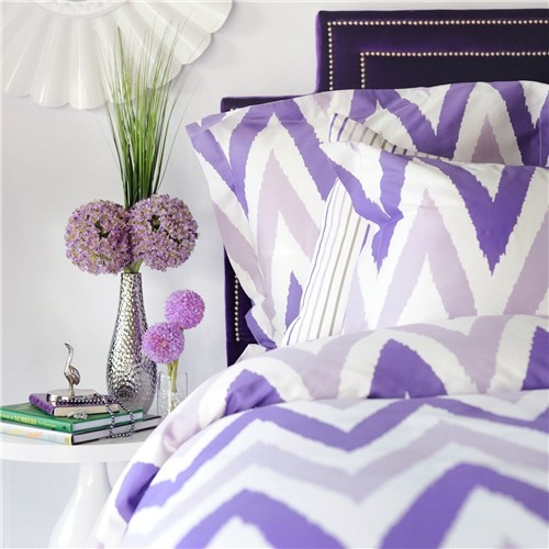 purple chevron pattern bedding